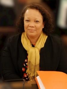 Nathalie MALMBERG-AVOUNDOGBA Cheffe Etablissement